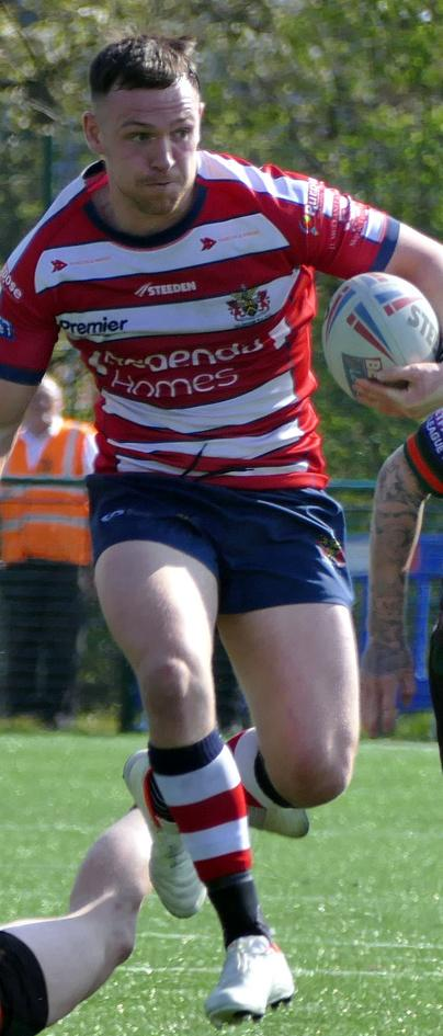 Mixed emotions as winger McComb joins Sheffield Eagles