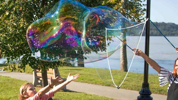 The Oldham Times: What's not to love about bubbles? Credit: Etsy / BubblePalooza