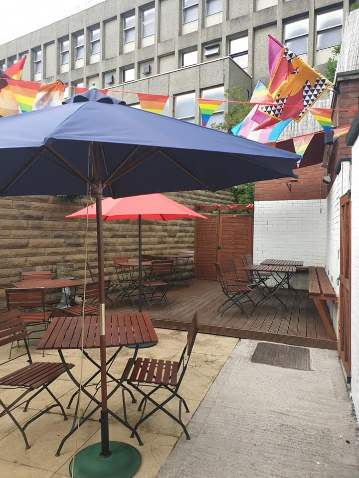 The Oldham Times: Beergarden