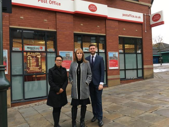 MPs Debbie Abrahams, Angela Rayner and Jim McMahon vow to keep Oldham's Lord Street Post Office open