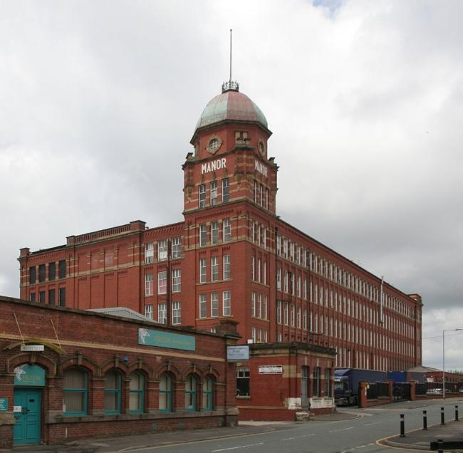 3bf02a1155 Oldham councillors rebel to allow listed mill to replace its windows ...